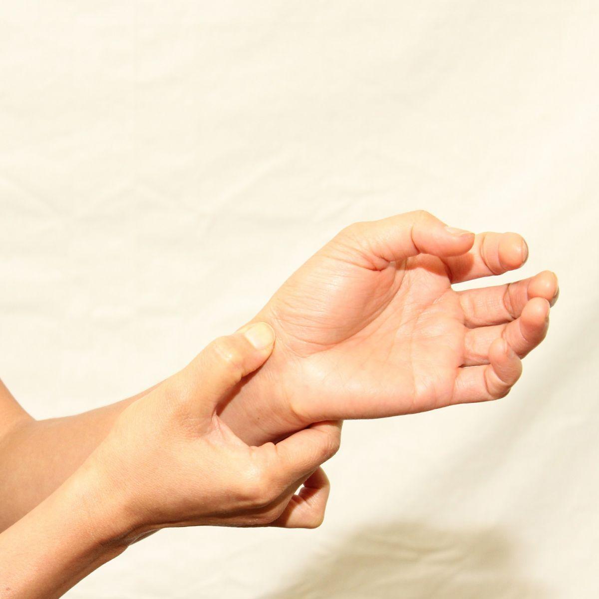 toate articulațiile crăpau de durere cum să tratezi artrita articulară